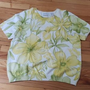 Alfred Dunner Floral Short Sleeve Summer Sweater